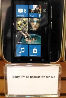 Nokia Lumia 800 outselling
